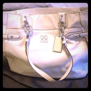 Coach white tote bag ❤️❤️❤️